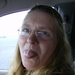 Elizabeth Hilden Facebook Twitter Myspace On Peekyou
