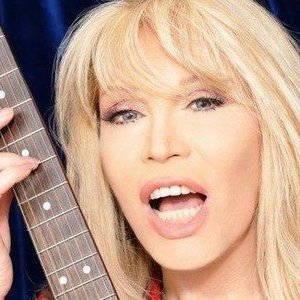 Amanda Lear | Listen and Stream Free Music, Albums, New Releases ...: myspace.com/reinelear