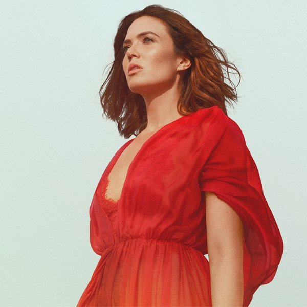 Mandy Moore Releases First Single in 10 Years — Watch the Video for 'When I Wasn't Watching'