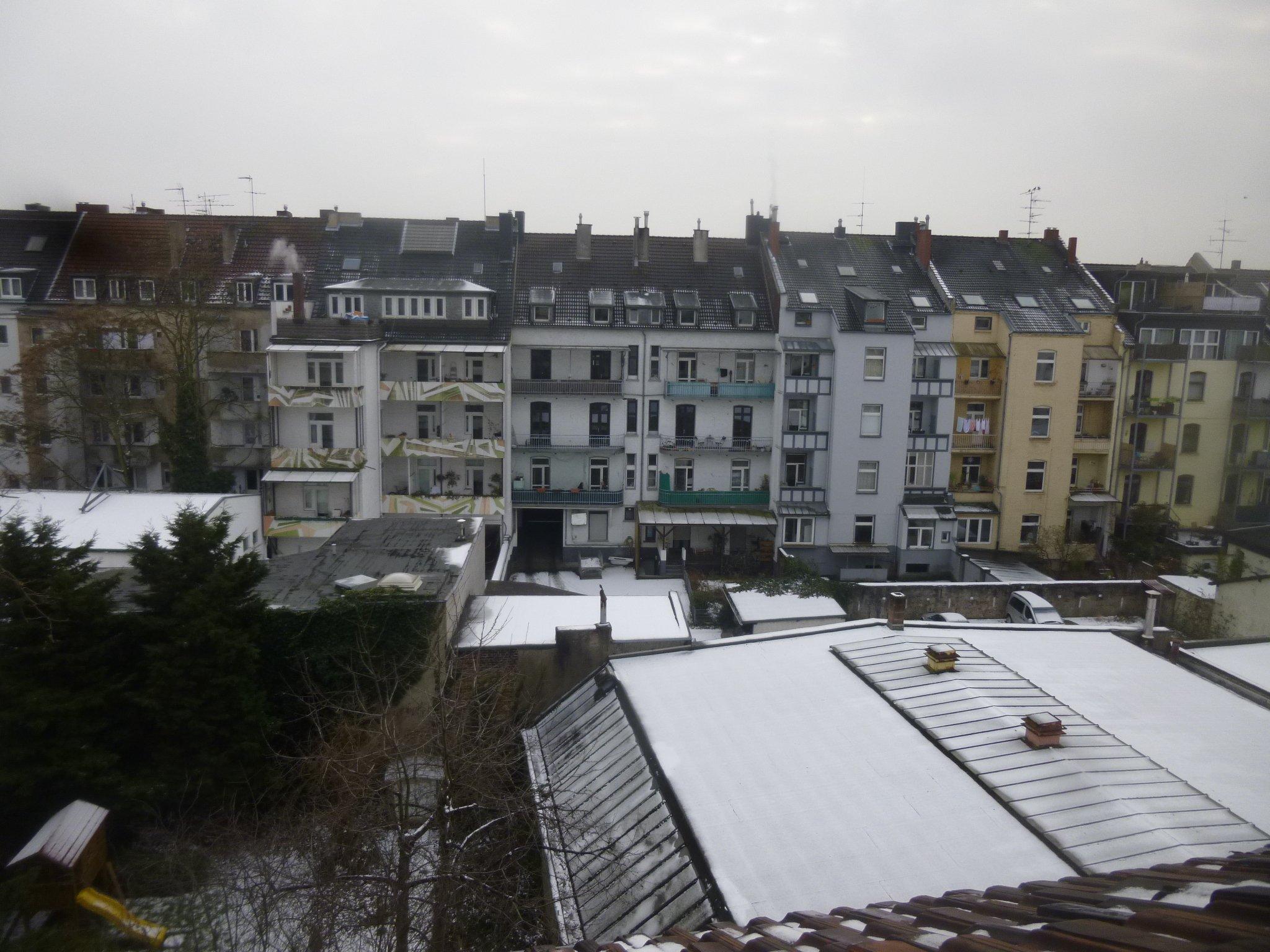 Schnee - 13 Uhr mittags