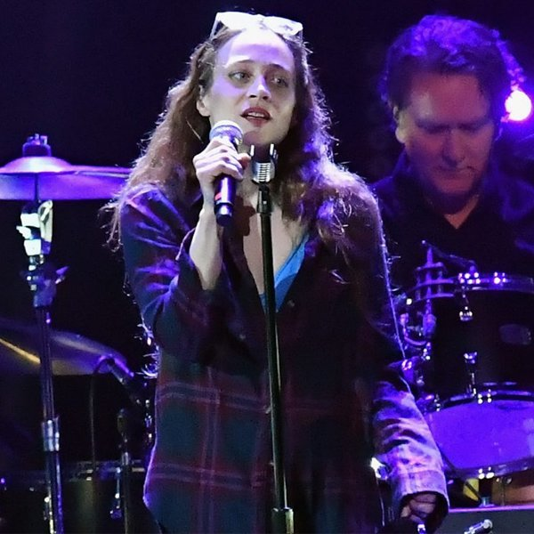 "Fiona Apple says new album could be released in ""early 2020"""