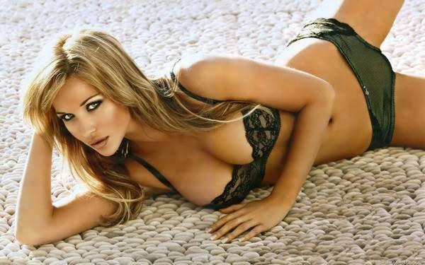 девушки красивые голи фото