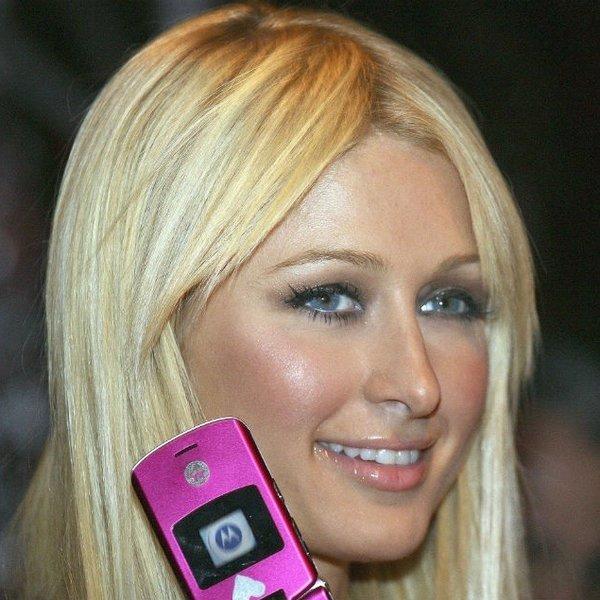 Paris Hilton Claims She Invented the Selfie